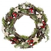 Couronne de Noël en bois avec étoiles et pommes de pin