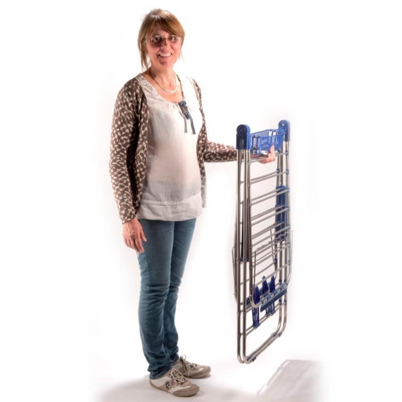 Étendoir à linge inox avec porte cintres (1)